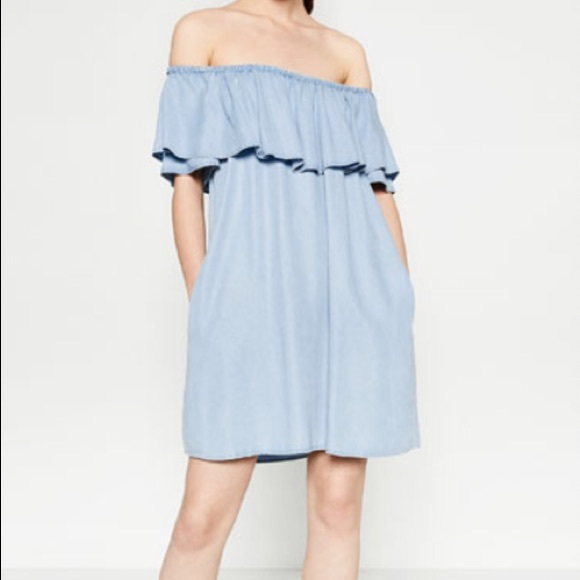 Zara Dresses & Skirts - Zara off the shoulder denim ruffle dress